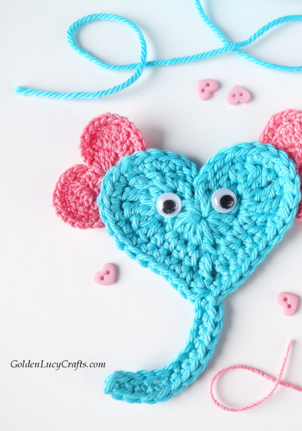 Elephant applique made from hearts, crochet