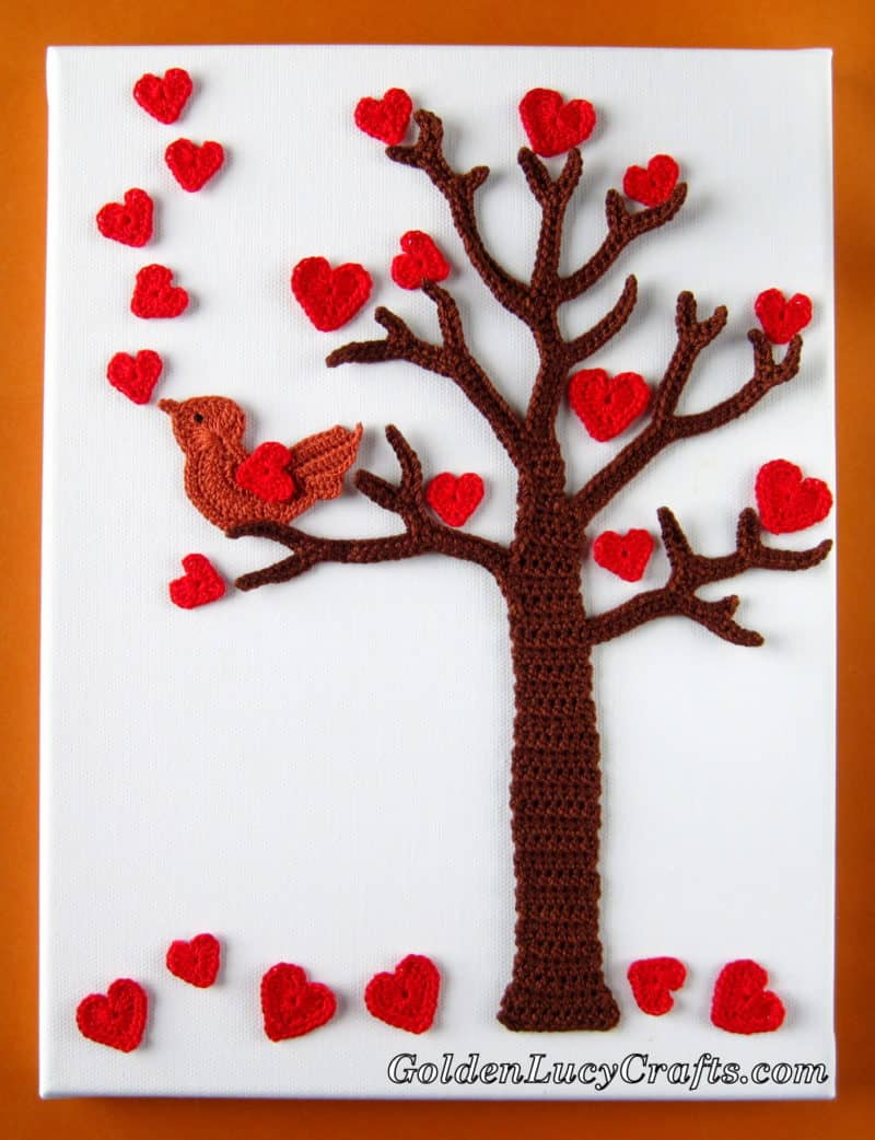 Crochet Wall Art – Valentine's Day Tree