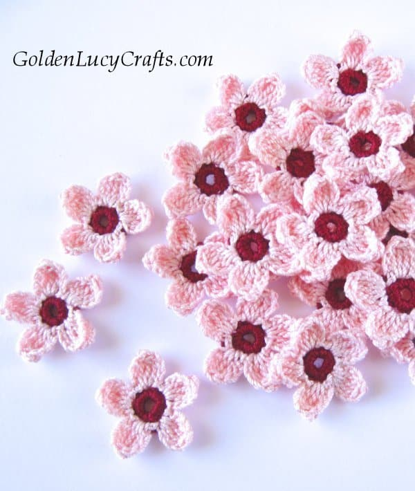 Crochet cherry blossom flowers, free crochet pattern