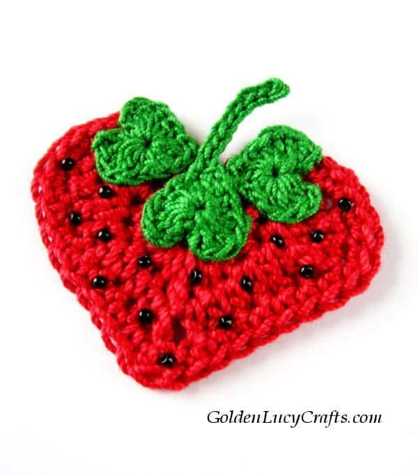 Crochet Strawberry applique, free pattern