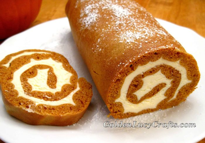 Pumpkin Roll recipe, dessert, Thanksgiving