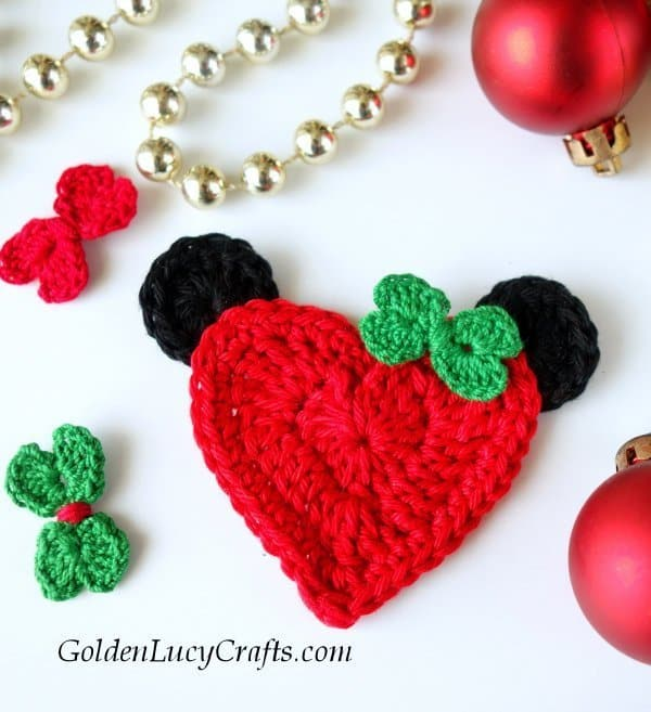 Crochet Christmas applique Minnie Mouse, heart-shaped applique