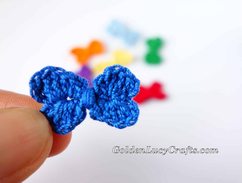 Crochet Mini Bow, Hearts Bow