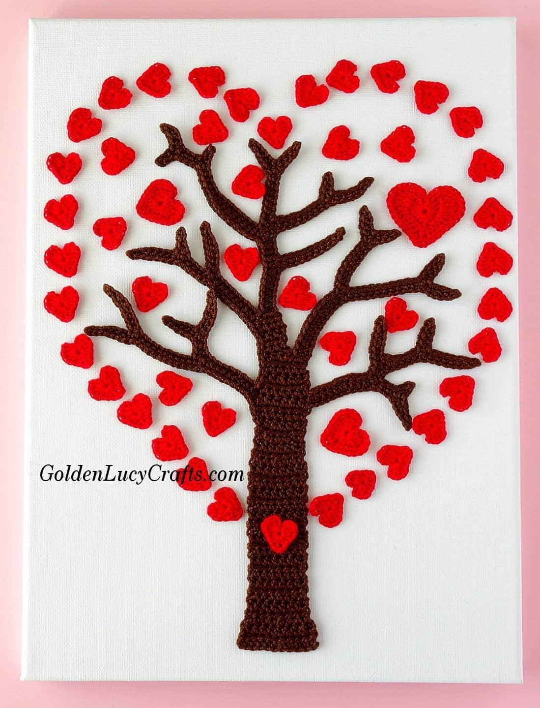 Crochet Valentines Heart Tree