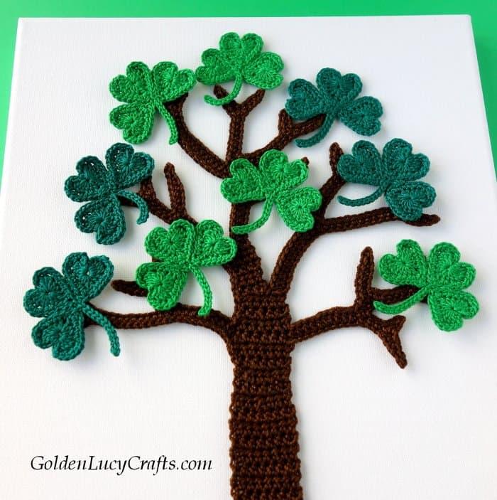 Crochet shamrock tree wall art, St Patrick's Day