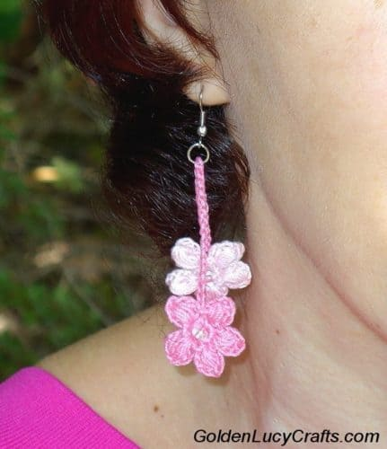 Cherry Blossom Earrings, free crochet pattern