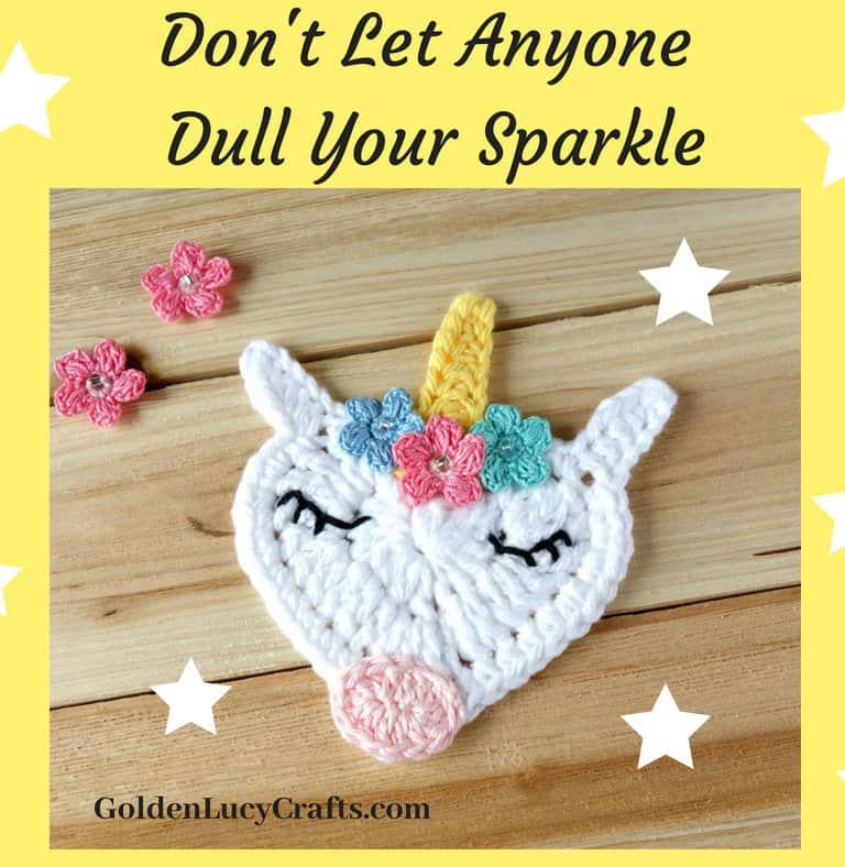 Crochet Unicorn Applique, free crochet pattern, heart-shaped unicorn