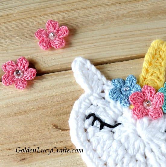 Crochet unicorn applique, heart unicorn, free pattern