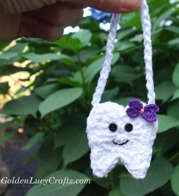 Crochet tooth fairy pouch, tooth fairy ideas, free crochet pattern