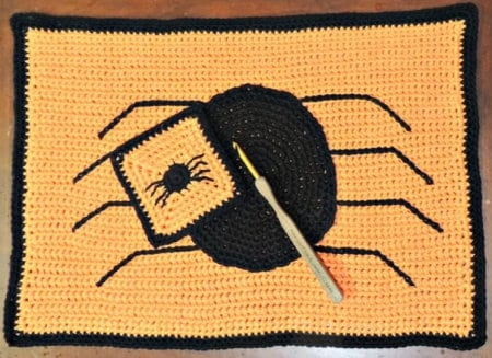 Spider crochet pattern, roundup - spider placemat