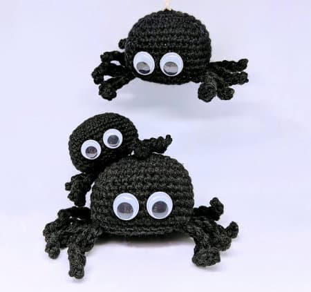 Spider free crochet pattern, roundup - Spooky Spider Bro