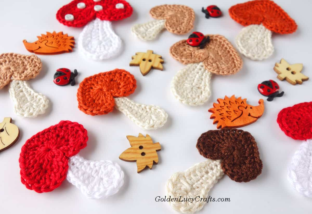 Crochet Mushrooms free pattern, heart-shaped