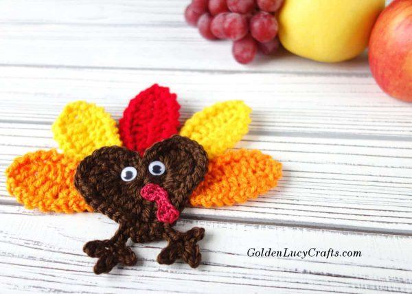 Crochet Thanksgiving Turkey free crochet pattern