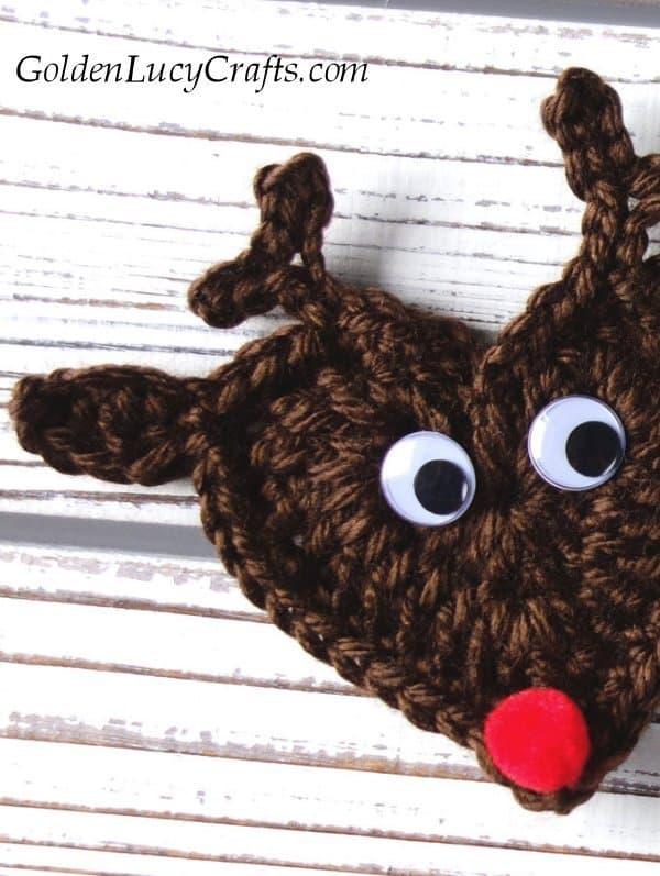 Crochet reindeer free crochet pattern, crochet reindeer ornament, crochet Christmas reindeer ornament