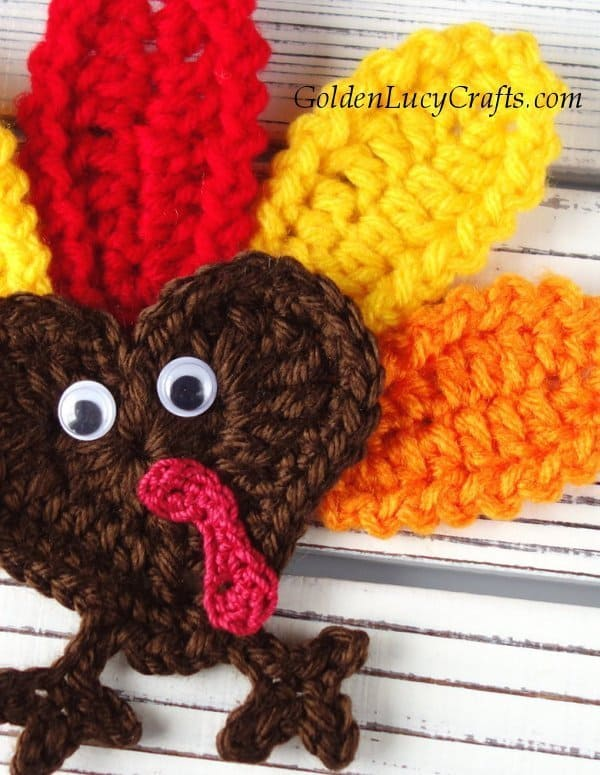 Crochet turkey applique, close up image