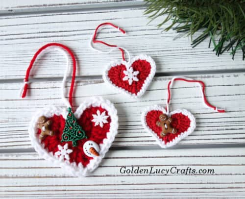 Crochet heart Christmas ornament, free crochet pattern