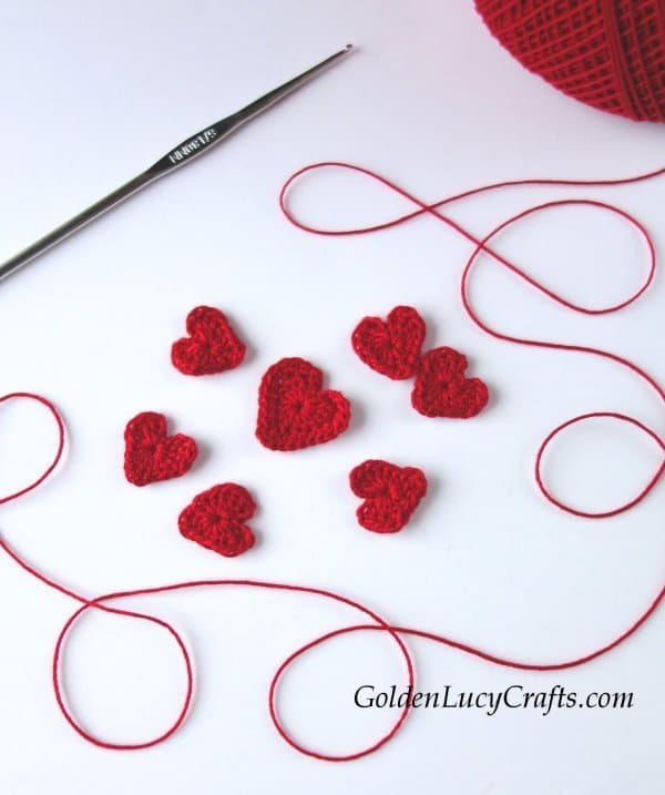 Crochet hearts for Christmas tree wall art