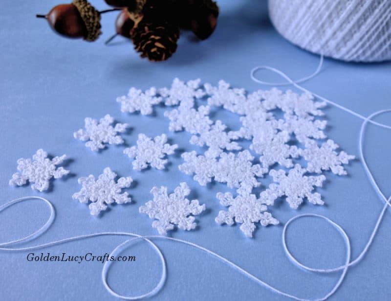 Crochet small snowflake, free pattern