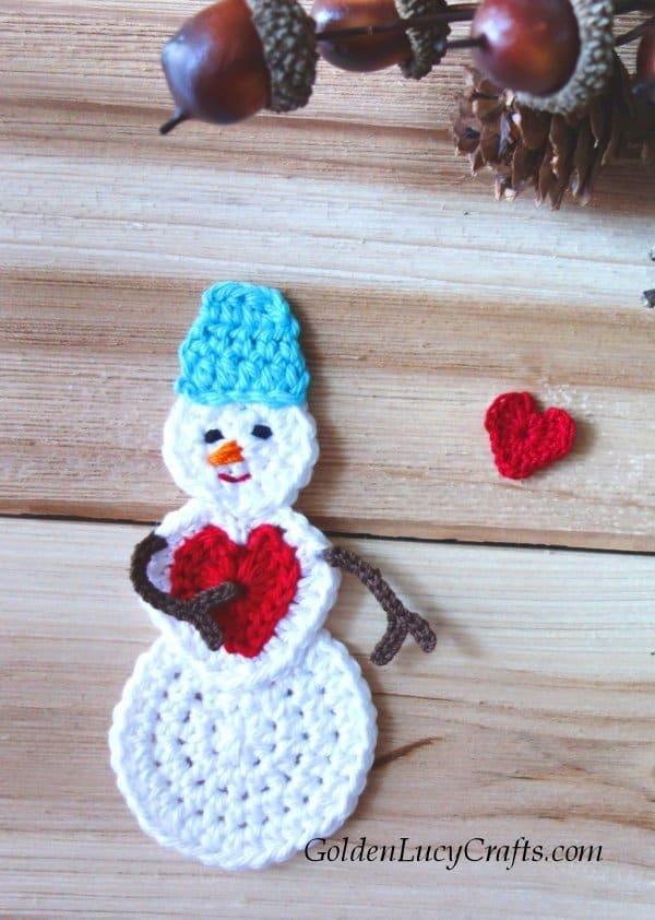 Crochet snowman ornament, applique, love, heart, crochet pattern