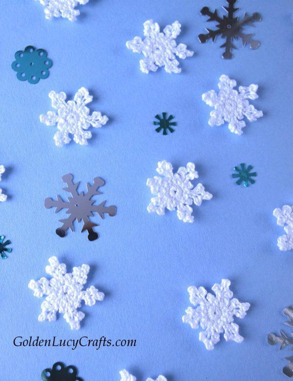 Crochet snowflakes, small, tiny snowflakes, Christmas, free crochet pattern