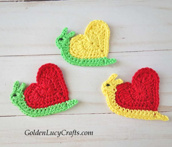 Crochet applique for Valentine's day, heart snail