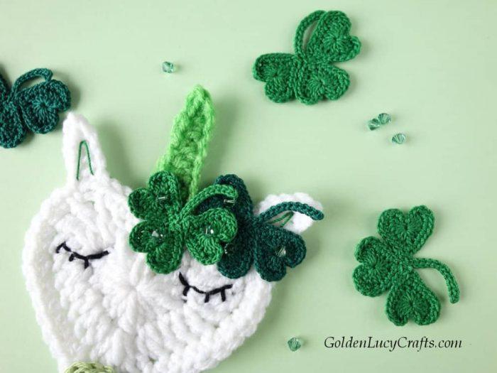 St Patricks Day crochet unicorn, shamrock applique, free crochet pattern