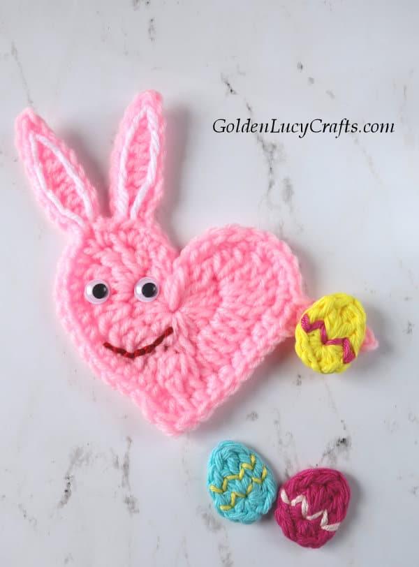 Easter bunny crochet pattern, bunny free crochet pattern, heart bunny, bunny crochet applique