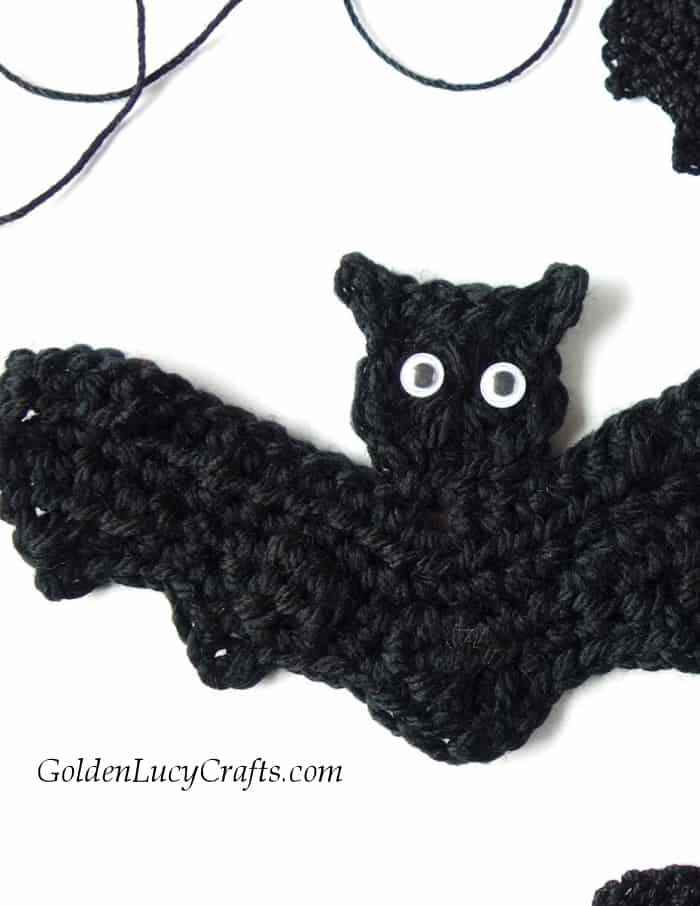 C is for Cat: Crochet Cat Applique - Repeat Crafter Me | 906x700