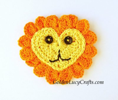 Crochet lion applique