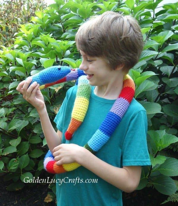 Crochet snake, crochet fun toy snake free pattern, amigurumi crochet snake
