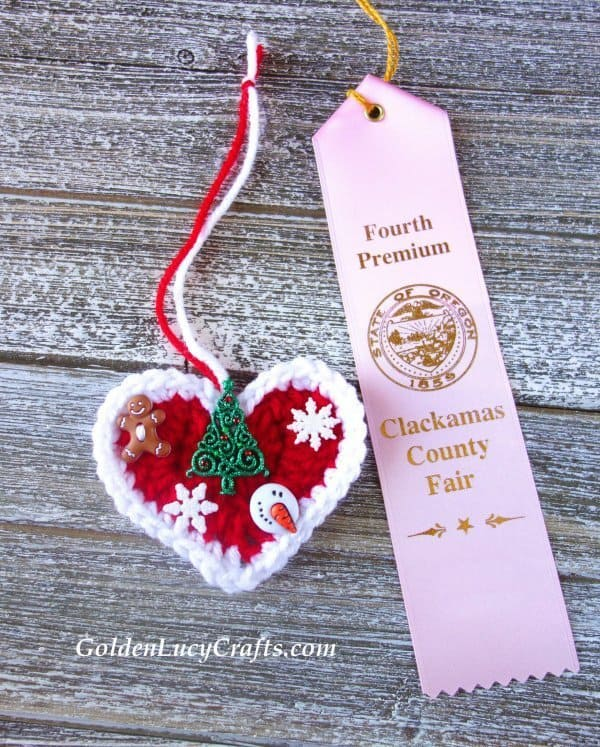 Blue ribbon winning crochet designs, Christmas heart ornament