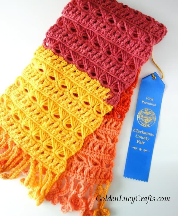 Blue ribbon winning crochet designs, crochet scarf