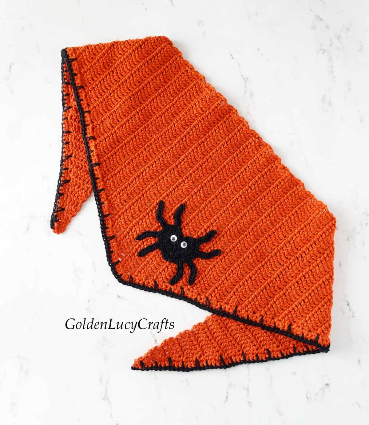 Crochet Halloween bandana for dogs.