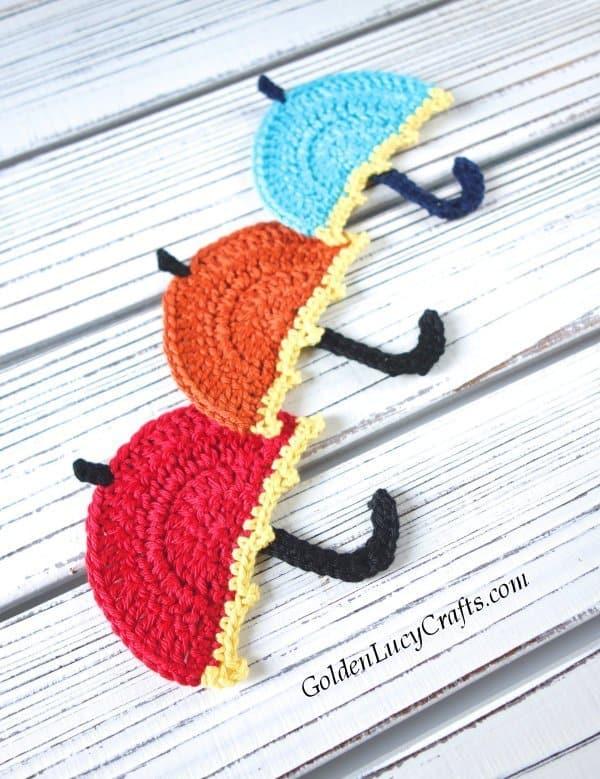 Crochet umbrella appliques