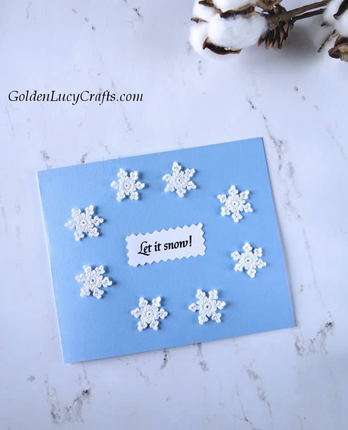 DIY Christmas card ideas, handmade cards embellished with crochet appliques, let it snow