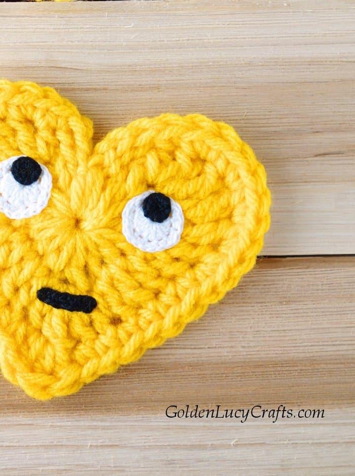 Crochet heart Emoji, Face with Rolling Eyes Emoji, free crochet pattern