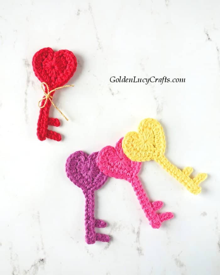 Crochet applique Key to My Heart, Valentine's Day crochet applique, heart shaped key