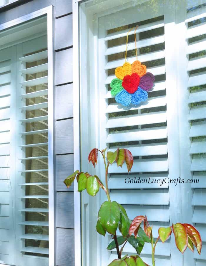 Crochet Rainbow flower for window, rainbow flower of hope, flower made from hearts, free pattern