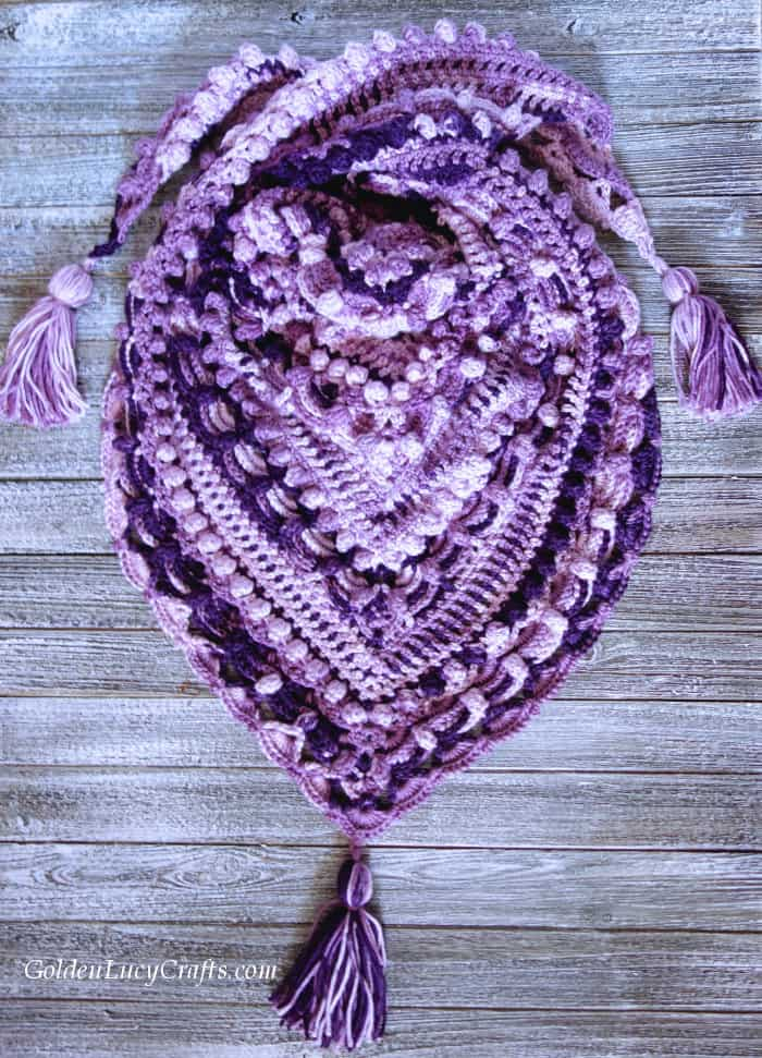 Crochet shawl, handmade DIY gift idea for Mother's Day