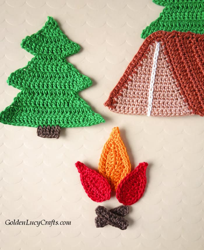 Crochet camping applique close up image.