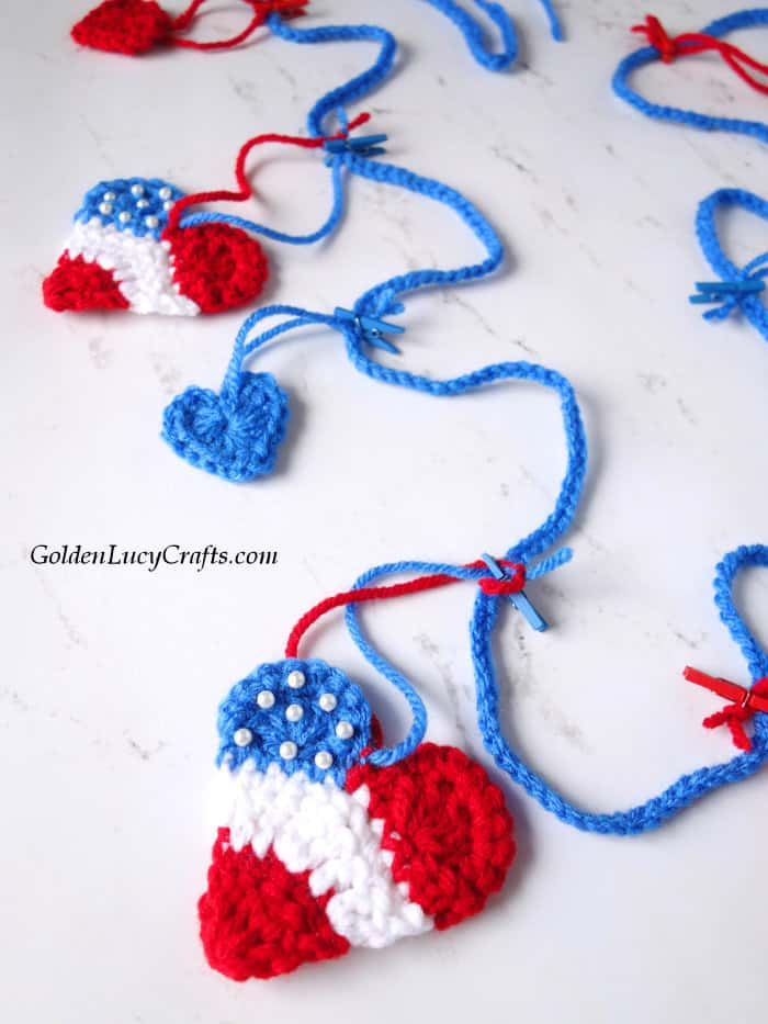 Crochet patriotic garland, bunting, 4th of July home decor
