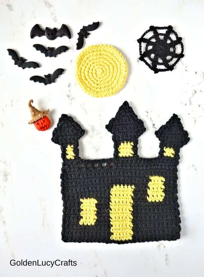 Crochet haunted house, moon, spider web, bat, pumpkin and ghosts buttons