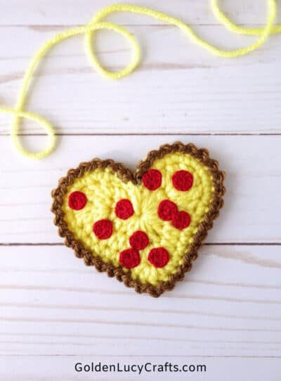 Crochet heart-shaped pizza