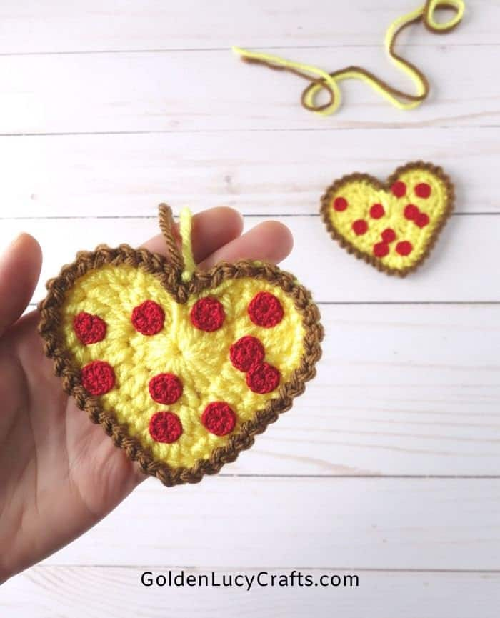 Crochet heart shaped pizza