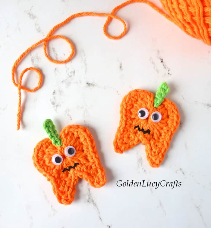 Crochet tooth pumpkin applique