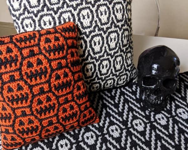 Halloween crochet pillows and table runner