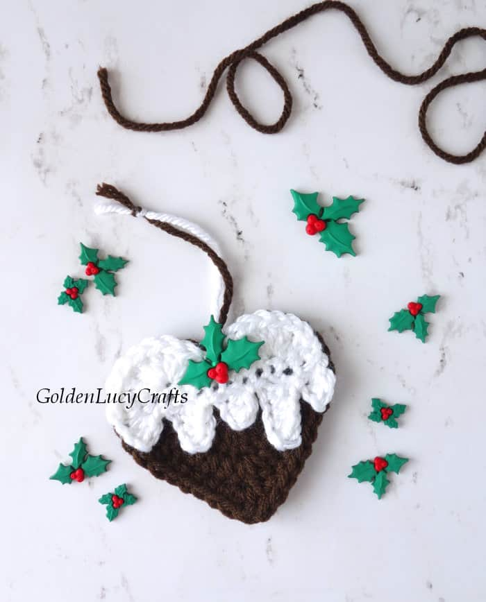 Christmas pudding crochet ornament
