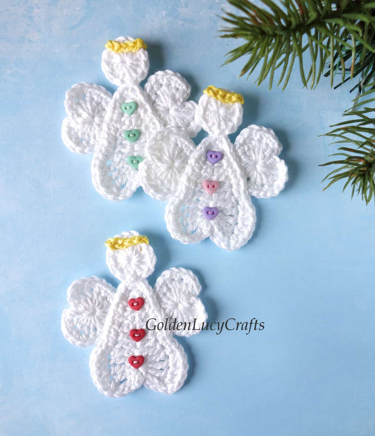 Three crochet angels applique