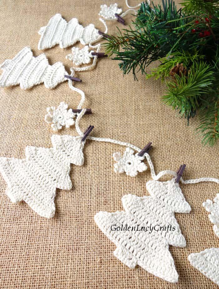 Crochet Christmas tree garland, close up image
