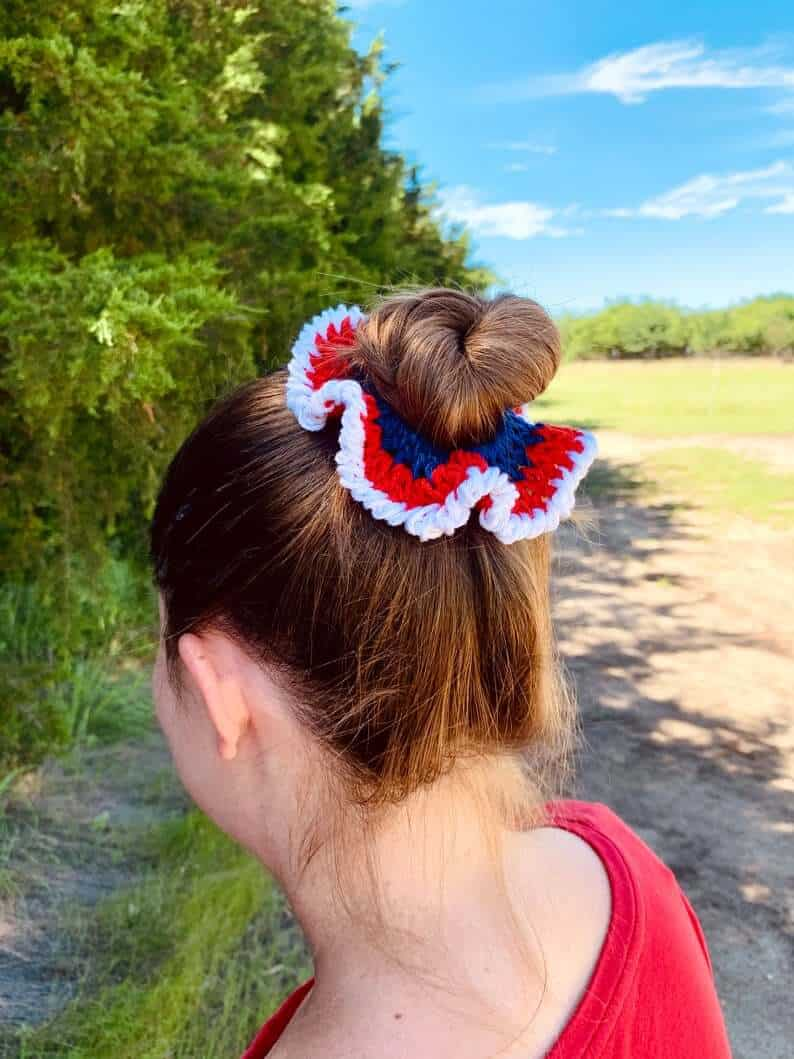 4th of July hair scrunchie in red, white and blue colors.